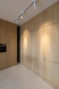 transformation-existing-storage-roof-residential-apartment-livable-place-05-696×1043